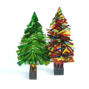 Karin kerstbomen groen gekleurd ca 40 cm september 2015 P1040412
